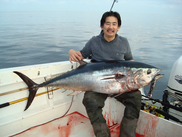 japan_saltwater_popper_tuna_fishing