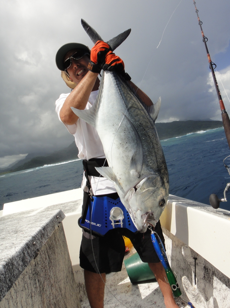 maniac_popping_lures_in_tahiti